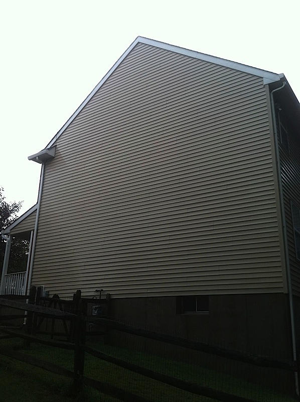 Scs Specializes In Cleaning Aluminum Amp Vinyl Siding Power