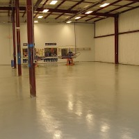 9 epoxy flooring automotive repair 1